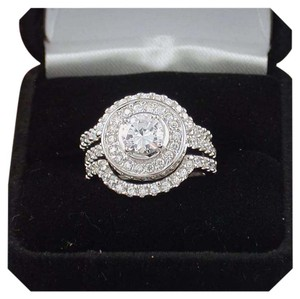 Other New Gorgeous 3ct 3pc White Topaz !0k GF Ring Set