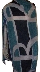 Burberry NWT Burberry Print large Square Scarf