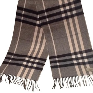 Burberry Burberry Giant Check Scarf Black and Off White