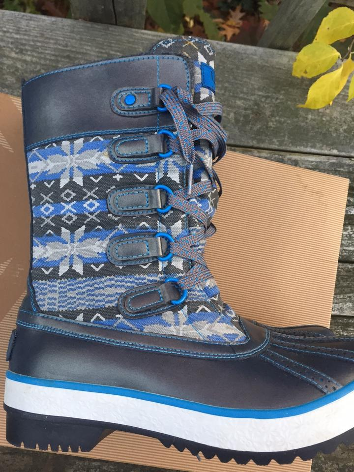 75c60d49072 UGG Australia Charcoal/Blue Uggs Baroness Snow and Rain Boots/Booties Size  US 6 Regular (M, B) 66% off retail
