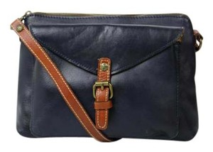 Patricia Nash Designs Leather Distressed Cross Body Bag