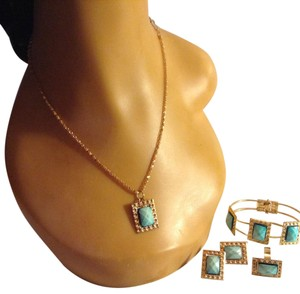 4-PC 18K GOLD PLATED TURQUOISE CZ NECKLACE EARRINGS RING SET