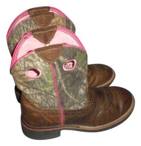 Ariat pink/brown Boots