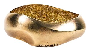 Chanel Chanel Spring 2007 Brushed Gold Tone Enameled Metal Wavy Distressed Bangle