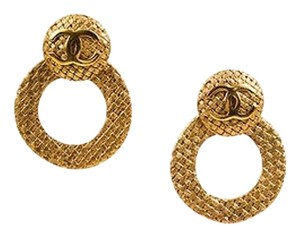 Chanel Vintage Chanel Gold Tone Woven Convertible Hoop Day To Night Earrings