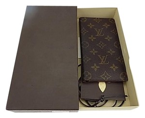 Louis Vuitton Louis Vuitton Monogram Bifold Wallet