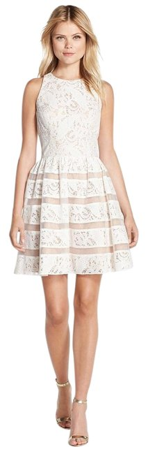 Item - Ivory Nude Lace Fit & Flare Above Knee Cocktail Dress Size 10 (M)