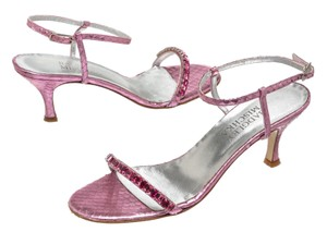 Badgley Mischka Pink Sandals