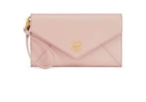 Tory Burch Wristlet in peach apricot