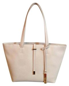 Vince Camuto Tote in Tan/Parchment