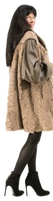 Item - Brown Taupe Indian Lamb with Leather Sleeves Unique Style Xxl Coat Size 16 (XL, Plus 0x)