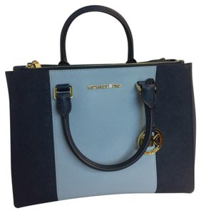 Michael Kors Satchel in Navy Blue/ Sky Blue
