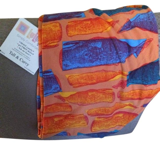 Item - Lt. Peach with Blue and Bright Orange Whales Tall Curvy Leggings Size 14 (L, 34)