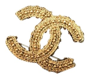 Chanel Gold Chanel textured Broach