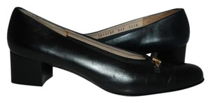 Salvatore Ferragamo Ferragamo black Pumps