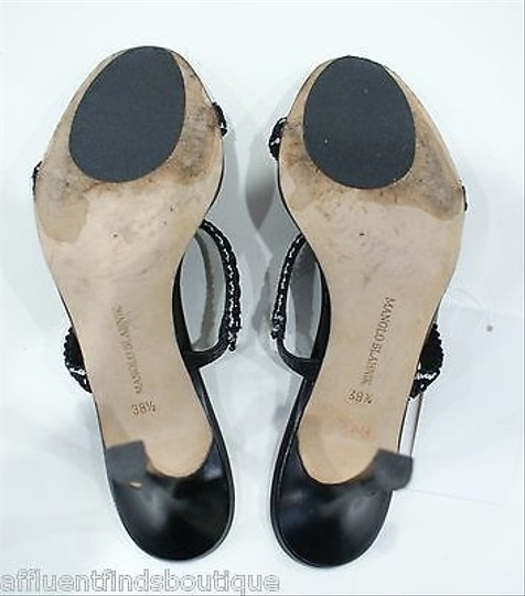 Manolo Blahnik Manolo Leather Heels W Ribbon Detail Black & White Pumps