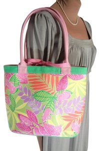 Lilly Pulitzer Excel Condition Clean Pretty Colorful Tote in PINK GREEN
