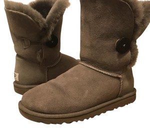 UGG Australia Ugg Flat Leather Grey Boots