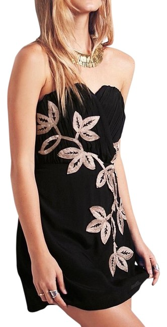 Preload https://img-static.tradesy.com/item/20113502/free-people-black-with-ivorybeige-embroidery-shadow-floral-mini-cocktail-dress-size-10-m-0-1-650-650.jpg