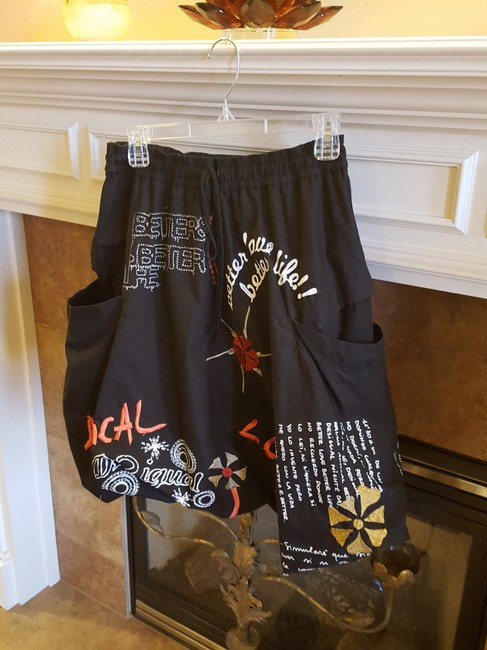 Desigual Dolce Gabbana Gucci Skirt Black with coral and white Image 2