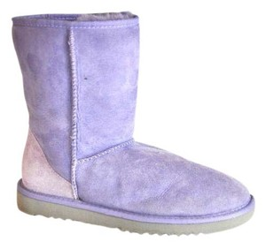UGG Australia Classic Uggs Size 9m Purple Boots