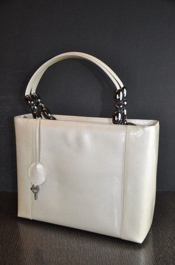 Dior Patent Leather Malice Christian Tote in Ivory Image 4
