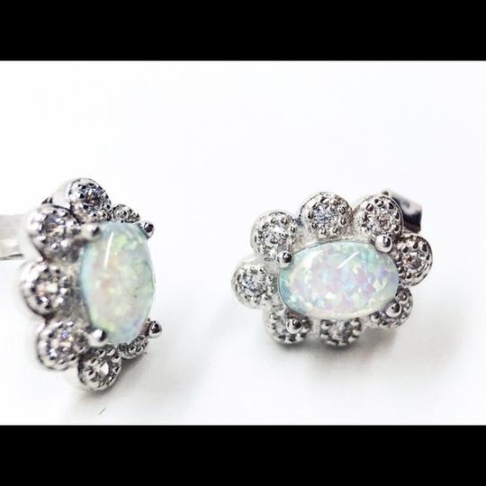 BYJQ Sterling Silver Rhodium Plated Flower Opal Image 3