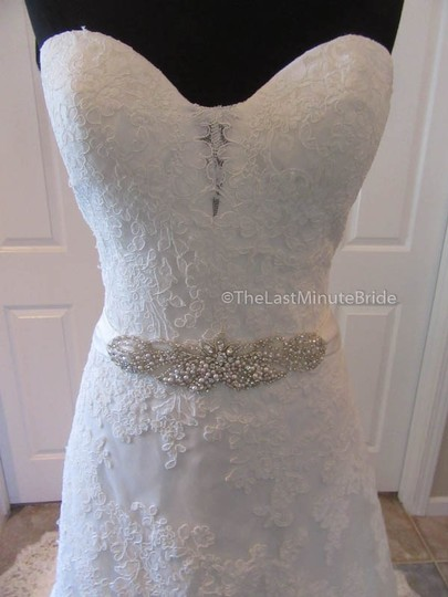 Ella Rosa Ivory Lace Be350 By Kenneth Winston Traditional Wedding Dress Size 14 (L) Image 2