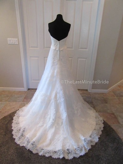 Ella Rosa Ivory Lace Be350 By Kenneth Winston Traditional Wedding Dress Size 14 (L) Image 3