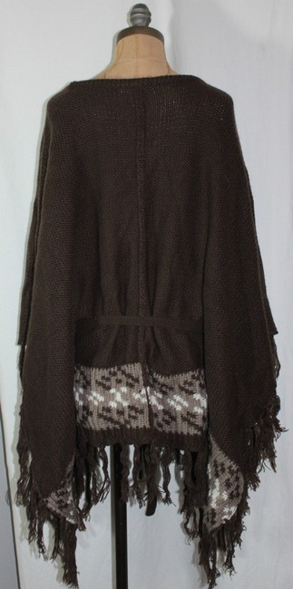 Willow & Clay Fringe Patterned Anthropologie Cape Image 3