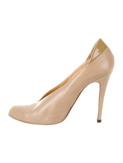 Preload https://img-static.tradesy.com/item/20115097/christian-louboutin-taupe-leather-pointed-toe-pumps-size-us-85-0-0-540-540.jpg