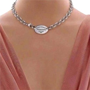 Tiffany & Co. Tiffany & Co Classic Oval Tag Return To Tiffany Necklace.