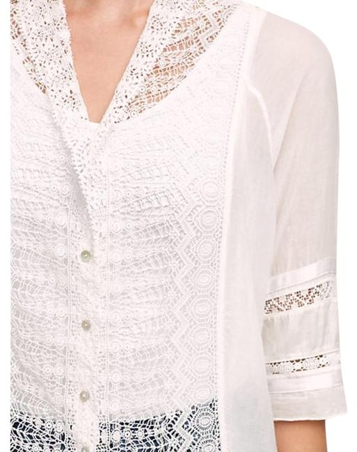 Preload https://img-static.tradesy.com/item/20115643/anthropologie-laceflower-button-down-blouse-size-0-xs-0-5-650-650.jpg