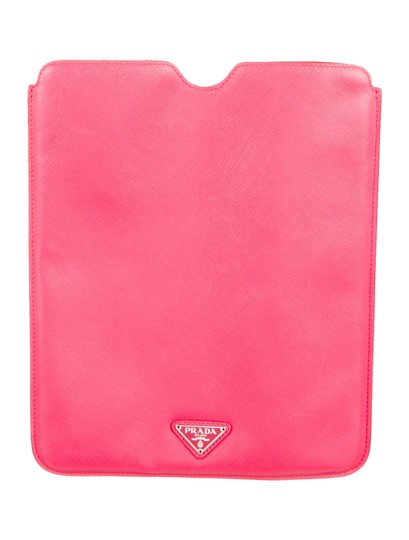 Preload https://img-static.tradesy.com/item/20116288/prada-pink-saffiano-ipad-sleeve-case-tech-accessory-0-0-540-540.jpg