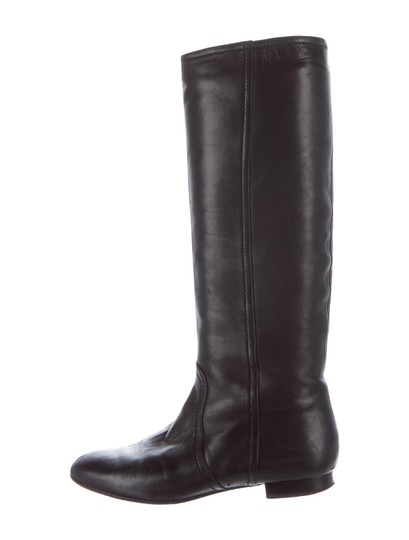 Preload https://img-static.tradesy.com/item/20116344/valentino-black-leather-round-toe-bootsbooties-size-us-8-0-0-540-540.jpg