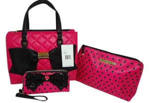 Betsey Johnson Cross Body Pouch Matching Wallet Satchel in FUCHSIA