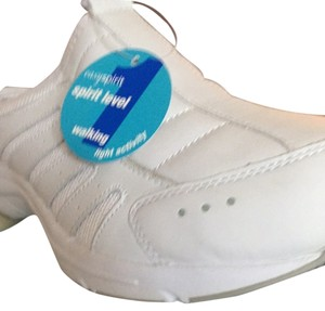 Easy Spirit White Athletic