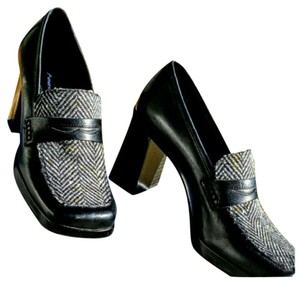 Amanda Smith Boxy Business Causual Office Black Pumps