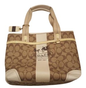 Coach Tote in tan and cream