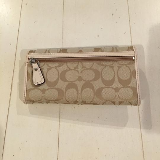 Coach Coach Signature Soho Lynn Buckle Wallet