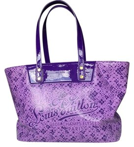 Louis Vuitton Cherry Blossom Neverfull Tote in Violet