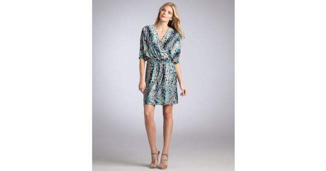 Preload https://img-static.tradesy.com/item/20118502/laundry-by-shelli-segal-tealmulti-color-bermuda-blue-printed-jersey-belted-wrap-mid-length-short-cas-0-2-650-650.jpg