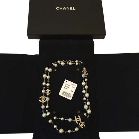 Preload https://img-static.tradesy.com/item/20118863/chanel-white-2016-glass-pearls-with-silver-tone-metal-and-crystal-ccs-necklace-0-1-540-540.jpg