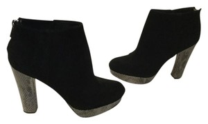MICHAEL Michael Kors Embossed Heels Zippers Black suede leather platform ankle Boots