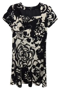 Nine West A-line Sweetheart Short Sleeves Floral Party Midi Dress