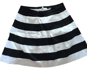 French Connection Skirt black and white