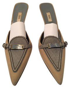 Prada Mule tan and blue Mules