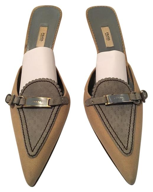 Item - Tan and Blue With Designer Name On The Buckle Mules/Slides Size US 7.5 Regular (M, B)