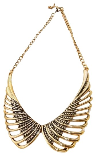 Preload https://img-static.tradesy.com/item/2012005/antiqued-gold-vintage-inspired-angel-wings-collar-necklace-0-0-540-540.jpg