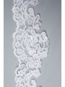 Mantilla-white